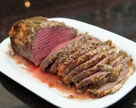 TOP 40 de rețete delicioase pentru preparate din carne pentru Anul Nou 2020 pentru o masă festivă