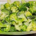 TOP 10 receptov o tom, ako zmraziť brokolicu na zimu doma s varom aj bez neho