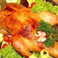 A 15 legfontosabb egyszerű és finom recept a kacsa főzéséhez a sütőben, hogy ez lédús és puha legyen