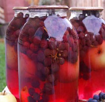 Una receta sencilla de compota de manzana y uva para el invierno.