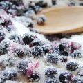 9 cele mai bune rețete pentru a face afine cu zahăr pentru iarnă fără gătit