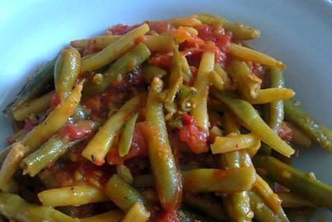 zelené fazule na tanieri