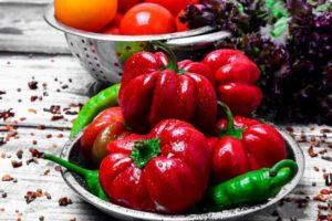Descrierea soiurilor de ardei Ratunda, Ruby, Kolobok, Olenka (Gogoshary)
