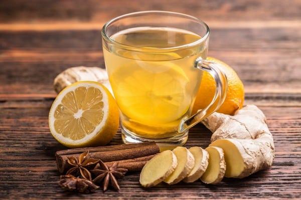 té de canela y jengibre