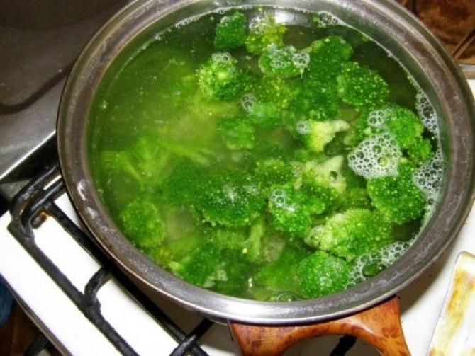 brokolica vo vode