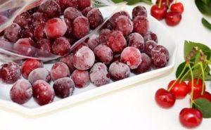 Cum să înghețați corect cireșele la frigider pentru iarnă și este posibil