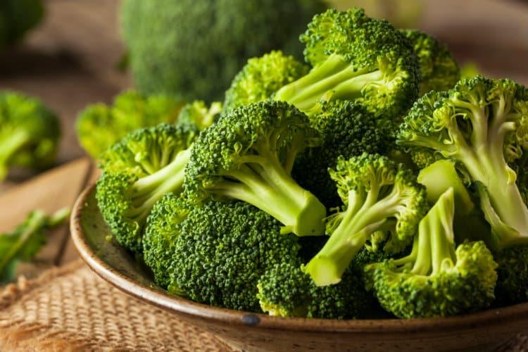 brokolica v miske