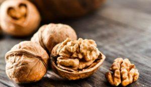 Propiedades útiles y medicinales de las nueces para el cuerpo, contraindicaciones.