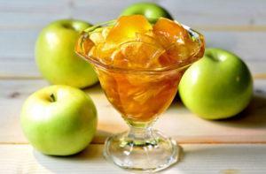 5 najlepších receptov na zelené nezrelé jablkové džemy na zimu