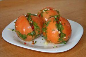 Az első 14 recept az örmény paradicsom főzésére télen