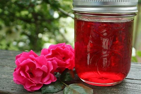 Rượu cánh hoa hồng tự làm: 3 công thức đơn giản | Món Miền Trung